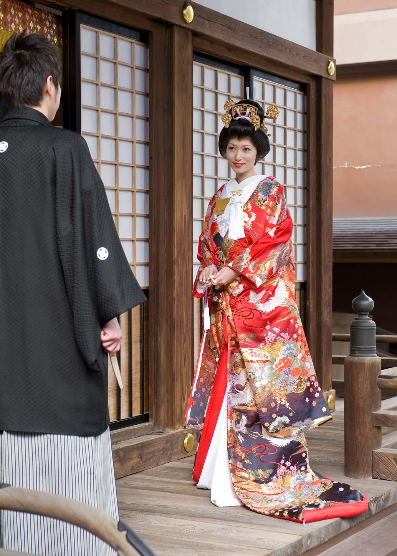真紅と黒 熨斗に鶴(103)